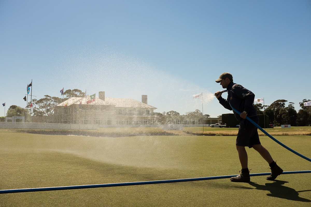 Melbourne, Australia: Greens are prepared prior to the practice round at the Asia Pacific Amateur Championship at the Royal Melbourne Golf Club ) on October 21 2014, (photo by Dave Tease/AAC)